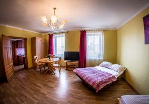 4 per Room 6